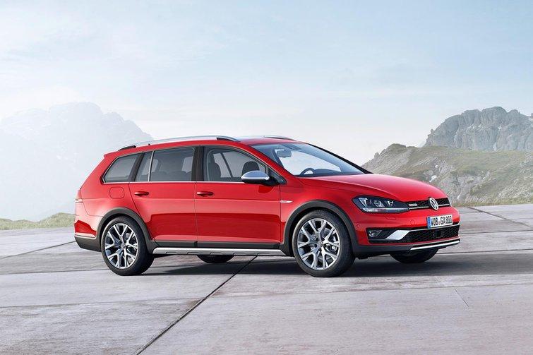 All-wheel-drive Volkswagen Golf Alltrack revealed