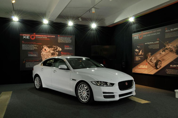 2015 Jaguar XE - prices, specs, residuals, servicing costs, pictures and video