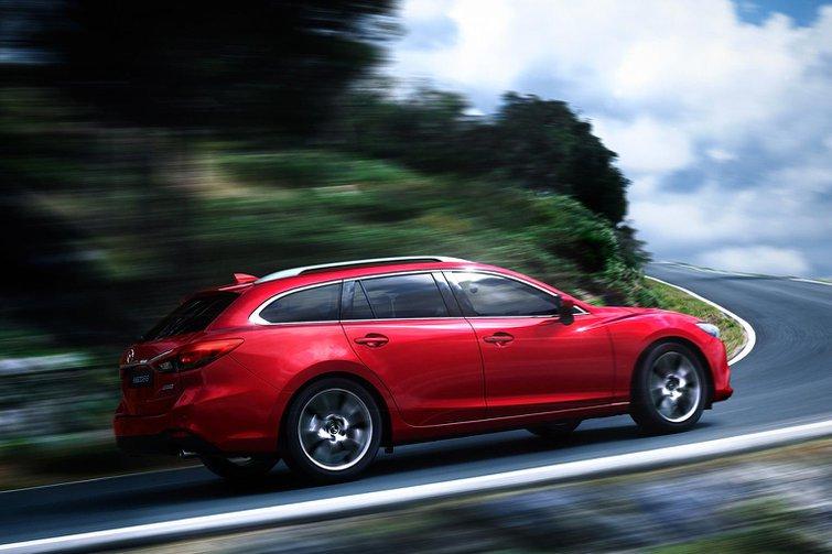 Face-lited 2015 Mazda 6 revealed