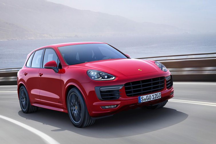 News round-up: Porsche Cayenne GTS revealed and Range Rover gets tougher