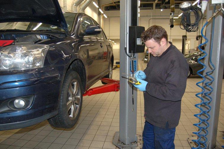 Garage labour rates soar