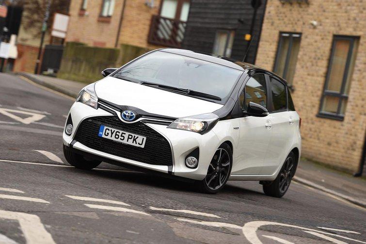 2016 Toyota Yaris Hybrid review