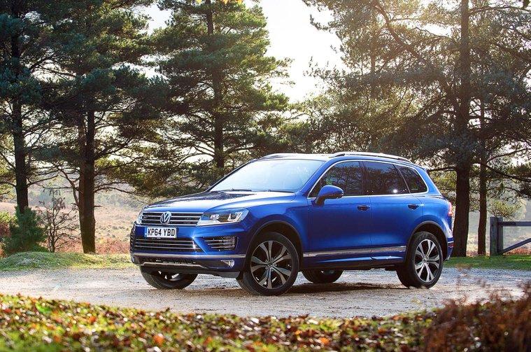 Volkswagen Touareg and Tiguan half-term savings
