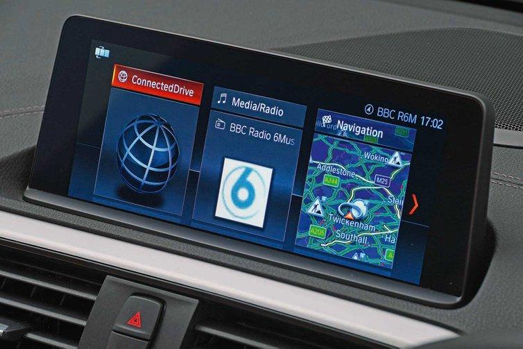 BMW M140i infotainment