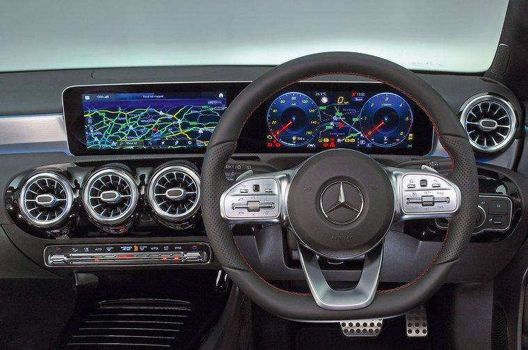 Mercedes A-Class instruments