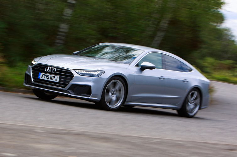 2019 audi a7 sportback silver driving front