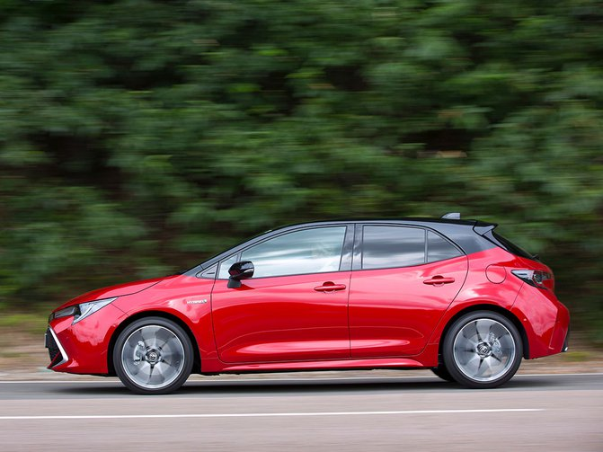 The new Toyota Corolla is available with a 2.0-litre hybrid that makes hybrid driving more efficient and more fun