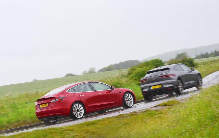 New Tesla Model 3 vs Jaguar I-Pace