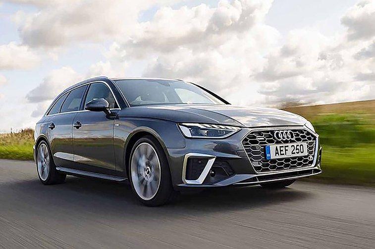 Audi A4 Avant front three quarters