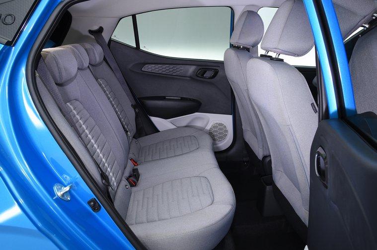 Hyundai i10 rear seats - 69-plate car
