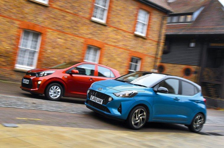 2020 Hyundai i10 vs Kia Picanto fronts