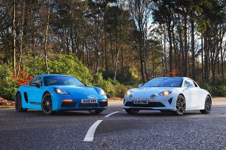 Alpine A110 S vs Porsche 718 Cayman T - static