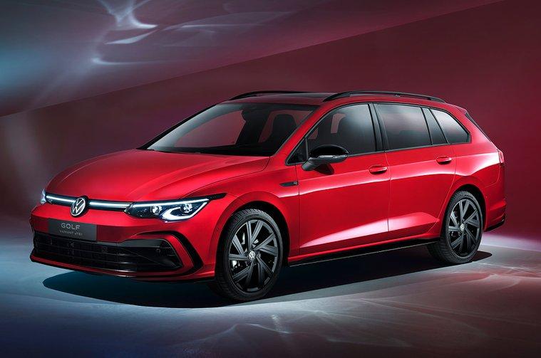 2021 Volkswagen Golf Estate front
