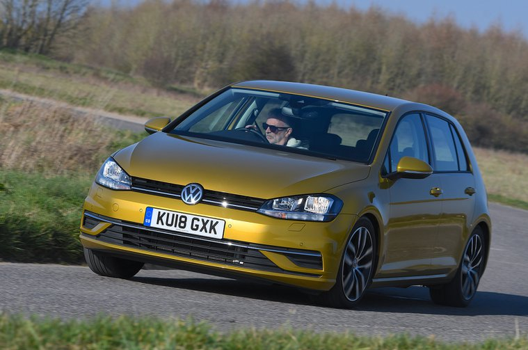 Volkswagen Golf front corner