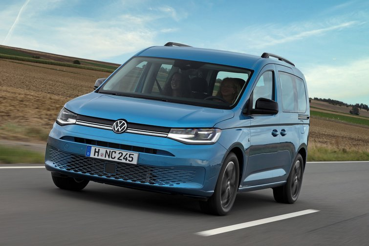 Volkswagen Caddy California On the Road