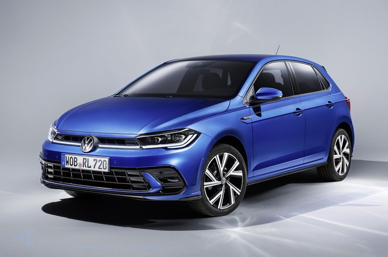 Volkswagen Polo 2021 front studio