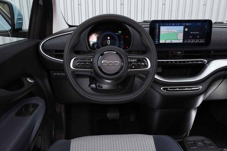 Fiat 500 electric 2021 dashboard