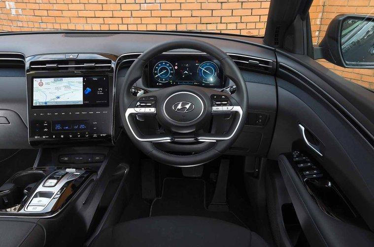 Hyundai Tucson Hybrid 2021 dashboard
