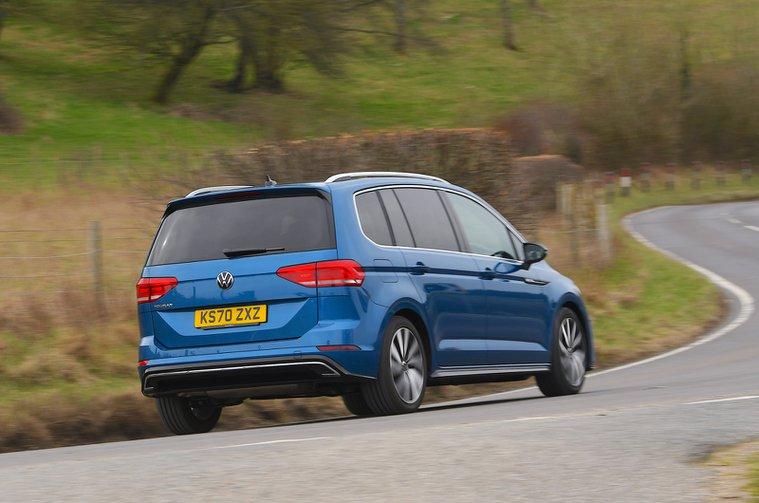 LT Volkswagen Touran rear
