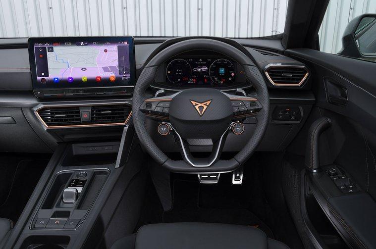 Cupra Formentor e-Hybrid 245 2021 dashboard