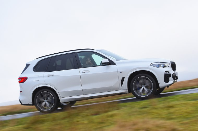 Electric Car of the Year Awards 2021 - BMW X5 xDrive45e