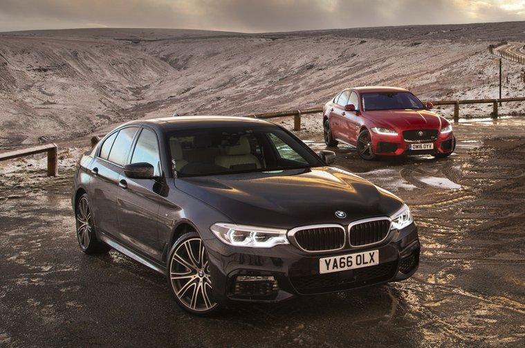 BMW 5 Series vs Jaguar XF static
