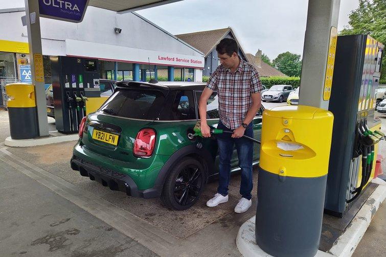 2021 Mini Hatch long-term filling up