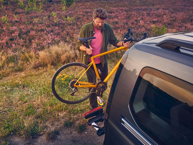 The all-new Volkswagen Caddy combines class-leading in-cab tech with an airy cabin and versatile space for passengers and cargo