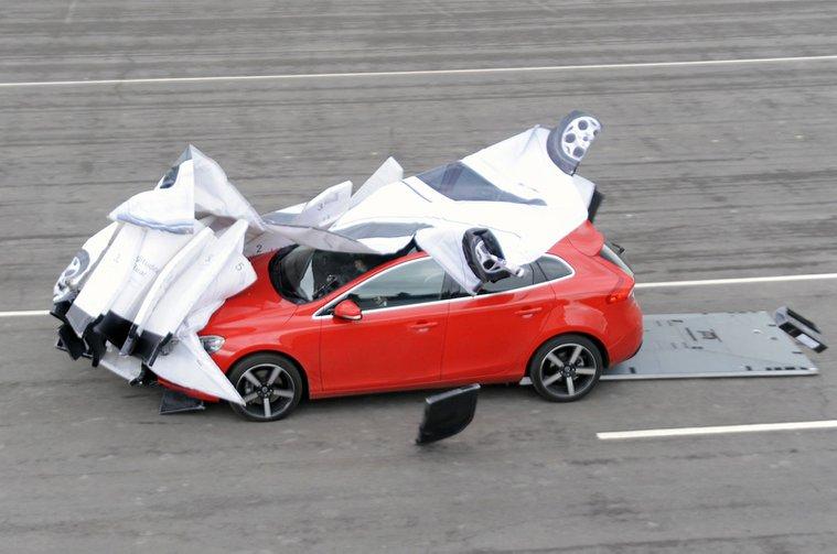 AEB crash test