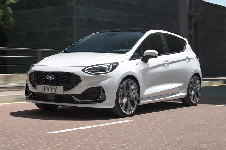 2022 Ford Fiesta front
