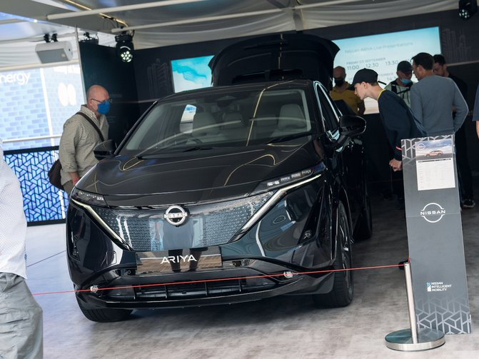 Nissan's all-new all-electric coupe crossover was on show in the UK for the very first time