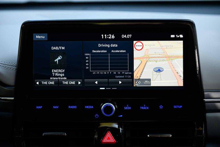 Hyundai Ioniq Hybrid 2019 infotainment