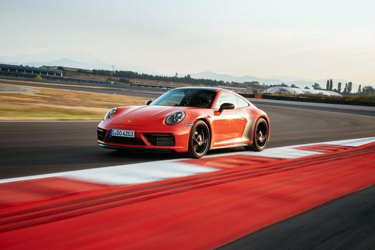 2022 Porsche 911 GTS track
