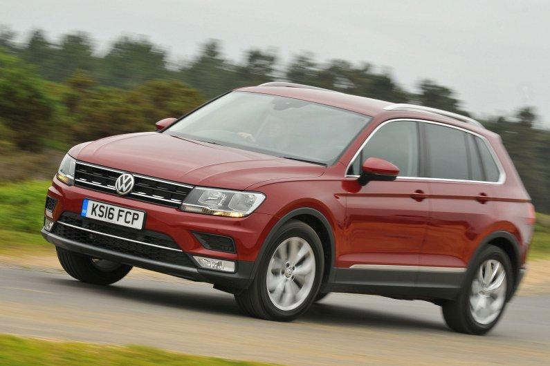 Volkswagen Tiguan front