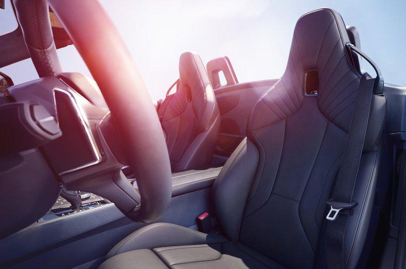 2019 BMW Z4 seats