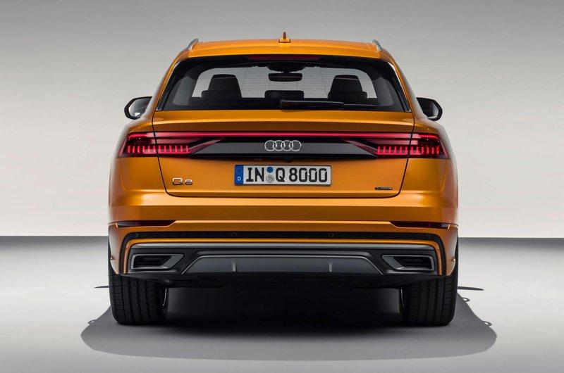Audi Q8 tail