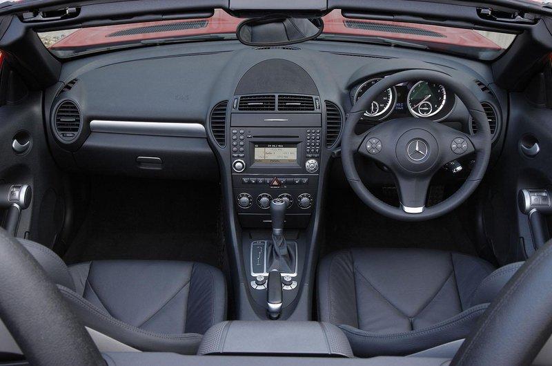 Mercedes SLK interior