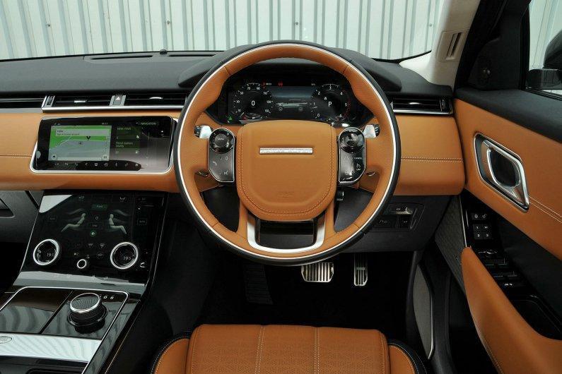 Range Rover Velar D180