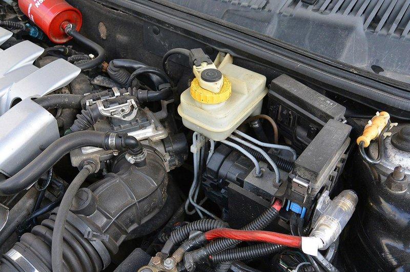 2. Brake and windscreen washer fluids