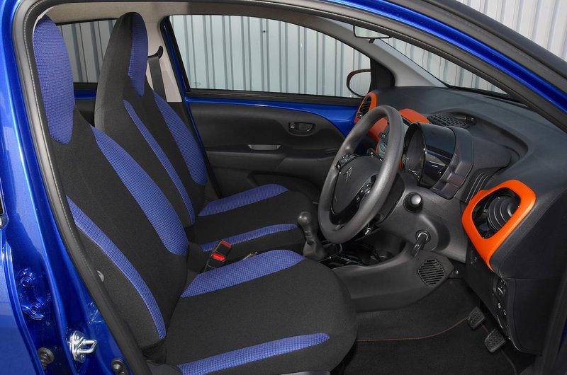 Citroën C1 Urban Ride front seats