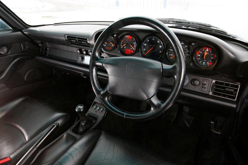 Porsche 993 interior