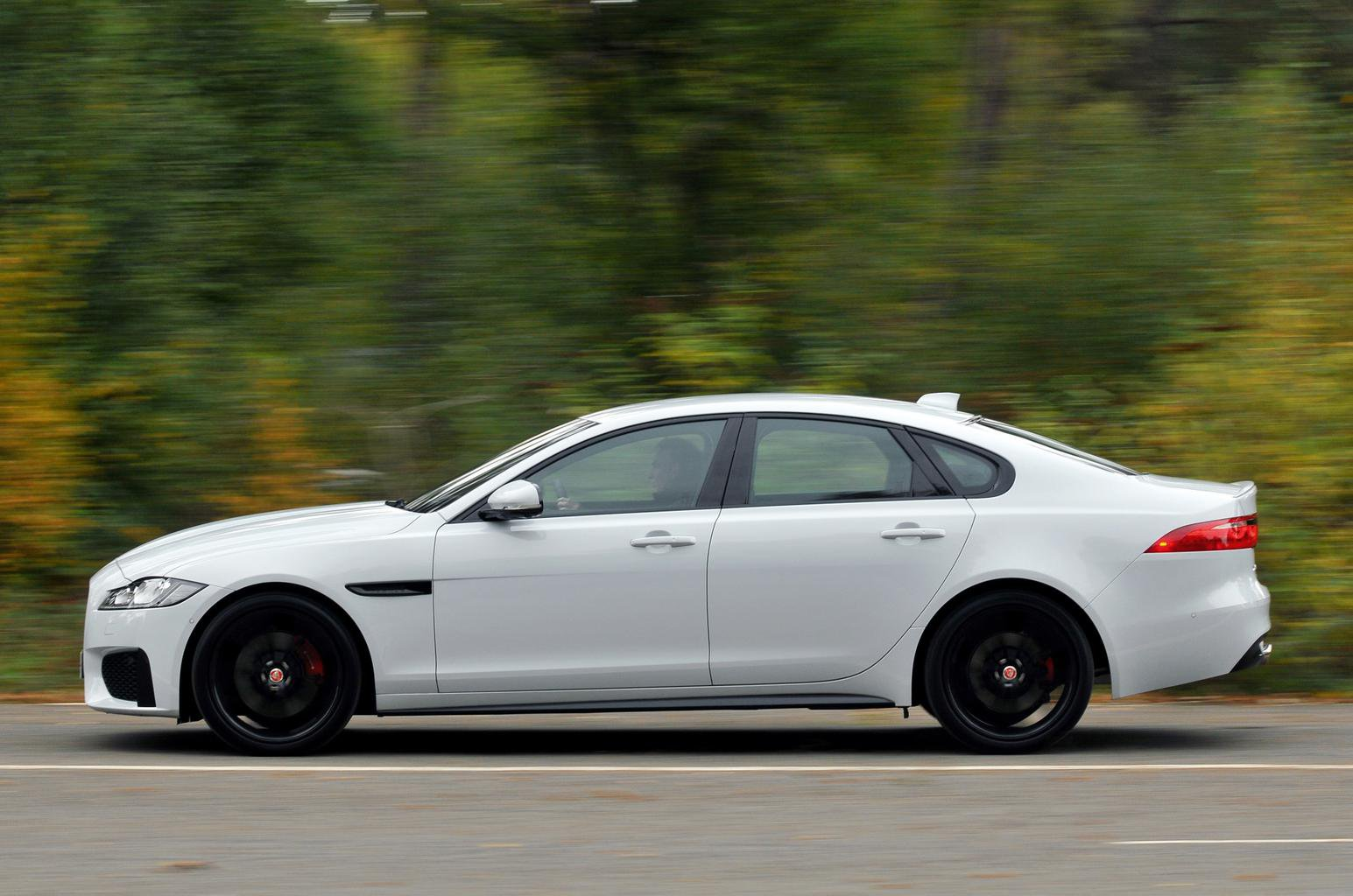 Jaguar XF vs Audi A7 Sportback vs BMW 5 Series