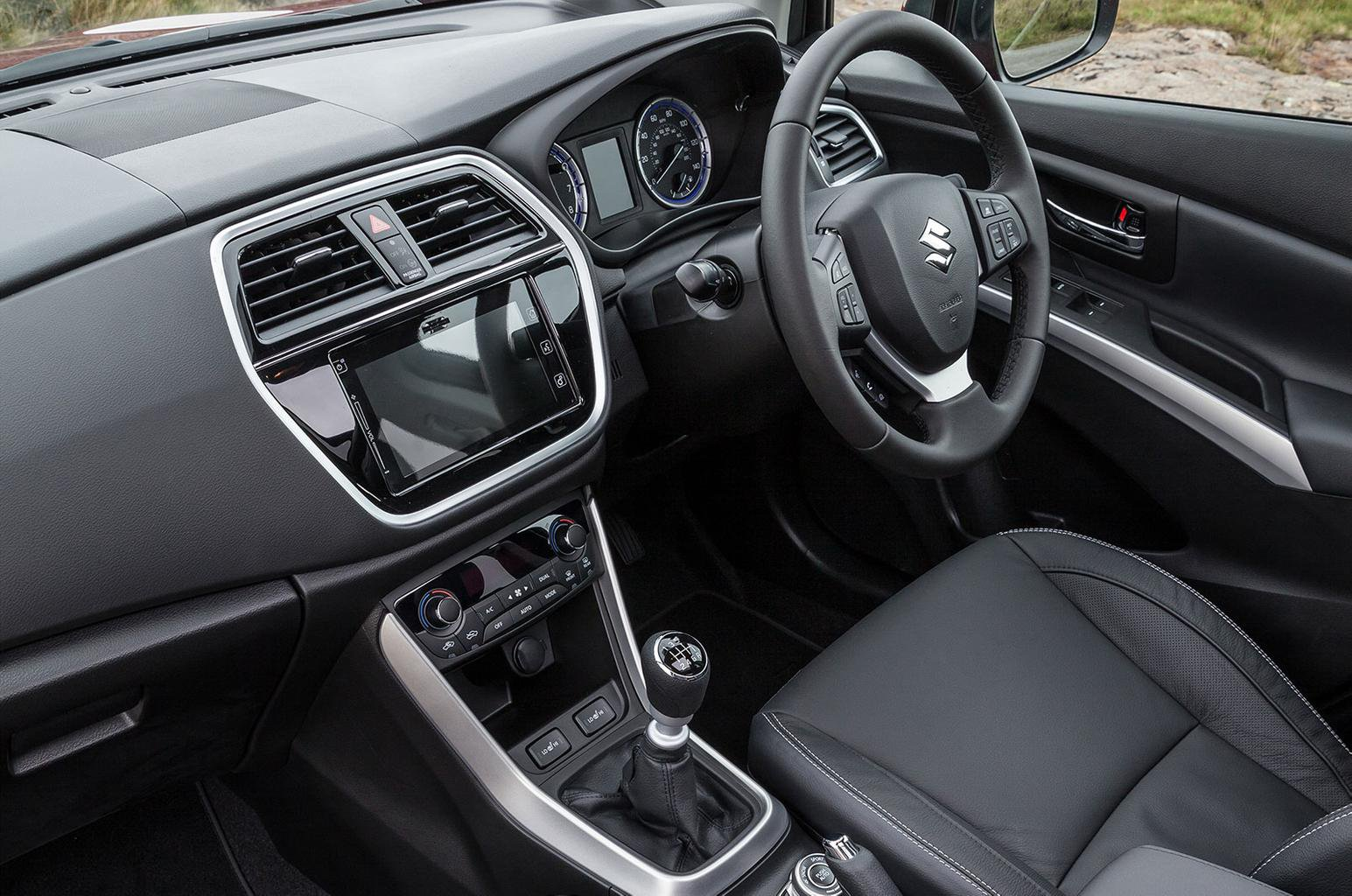 Facelifted Suzuki SX4 S-Cross revealed
