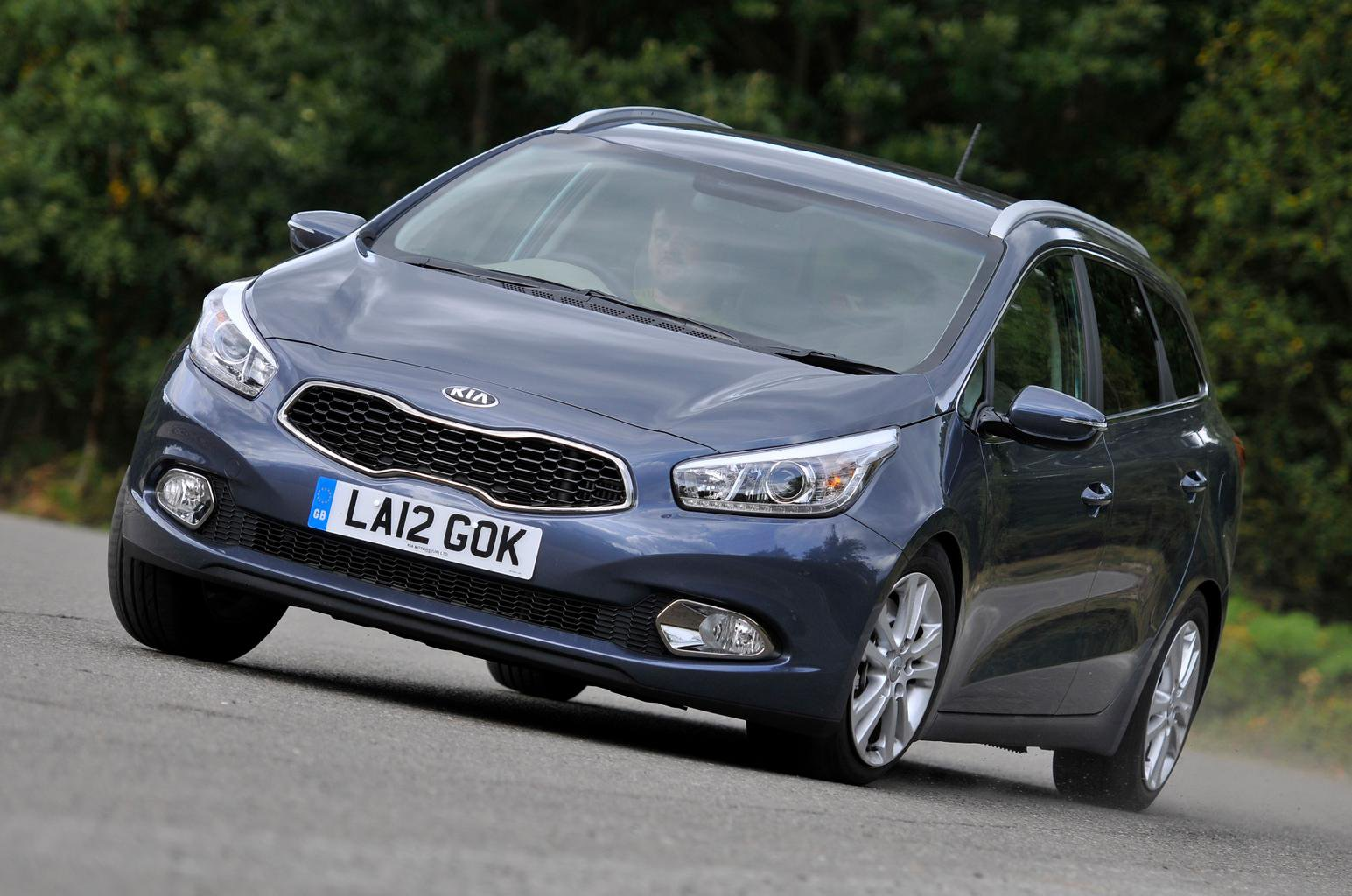 Used test: Ford Focus Estate vs Kia Cee'd Sportswagon vs Chevrolet Cruze Station Wagon