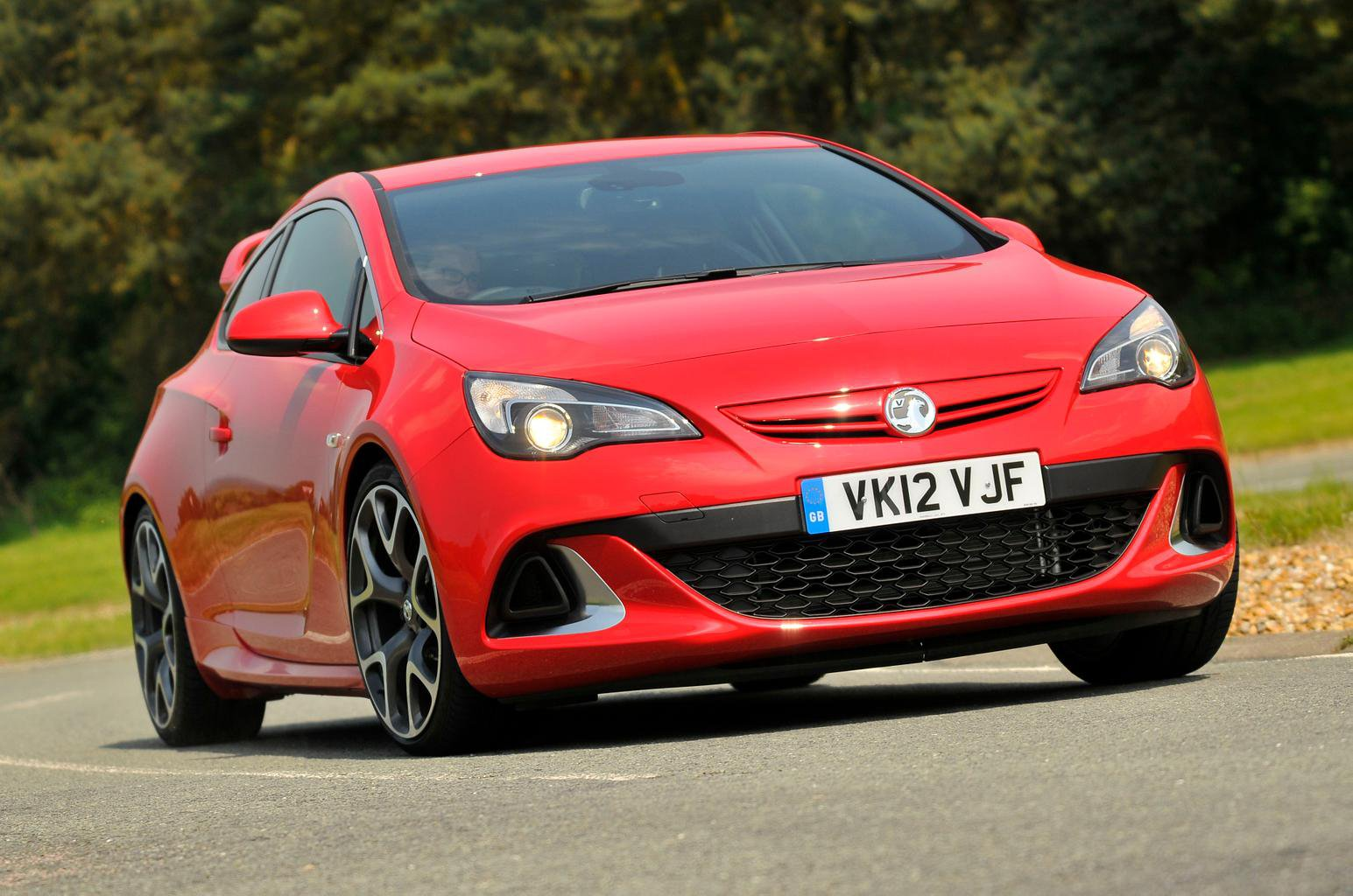 Used test – hot hatches: Renault Sport Megane vs Vauxhall Astra VXR