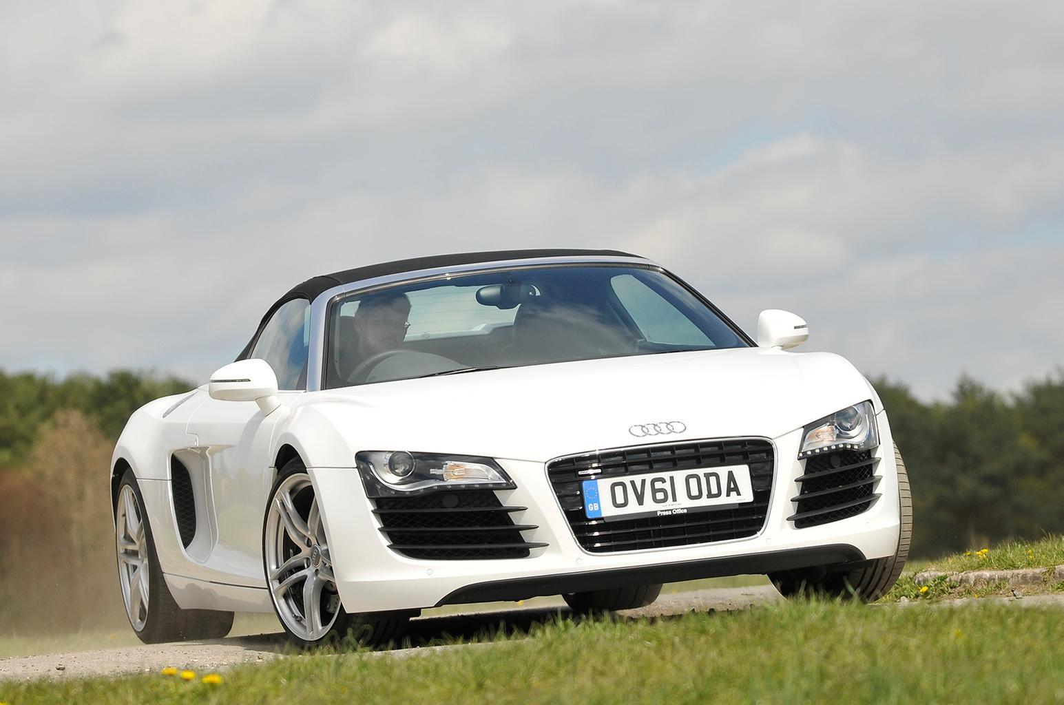 Used test: Audi R8 Spyder vs Porsche 911 Cabriolet