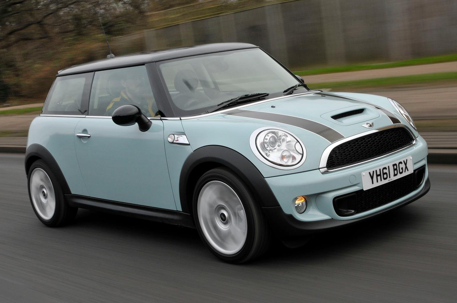 Used test – high fashion: Mini Cooper S vs Nissan Juke vs Volkswagen Beetle
