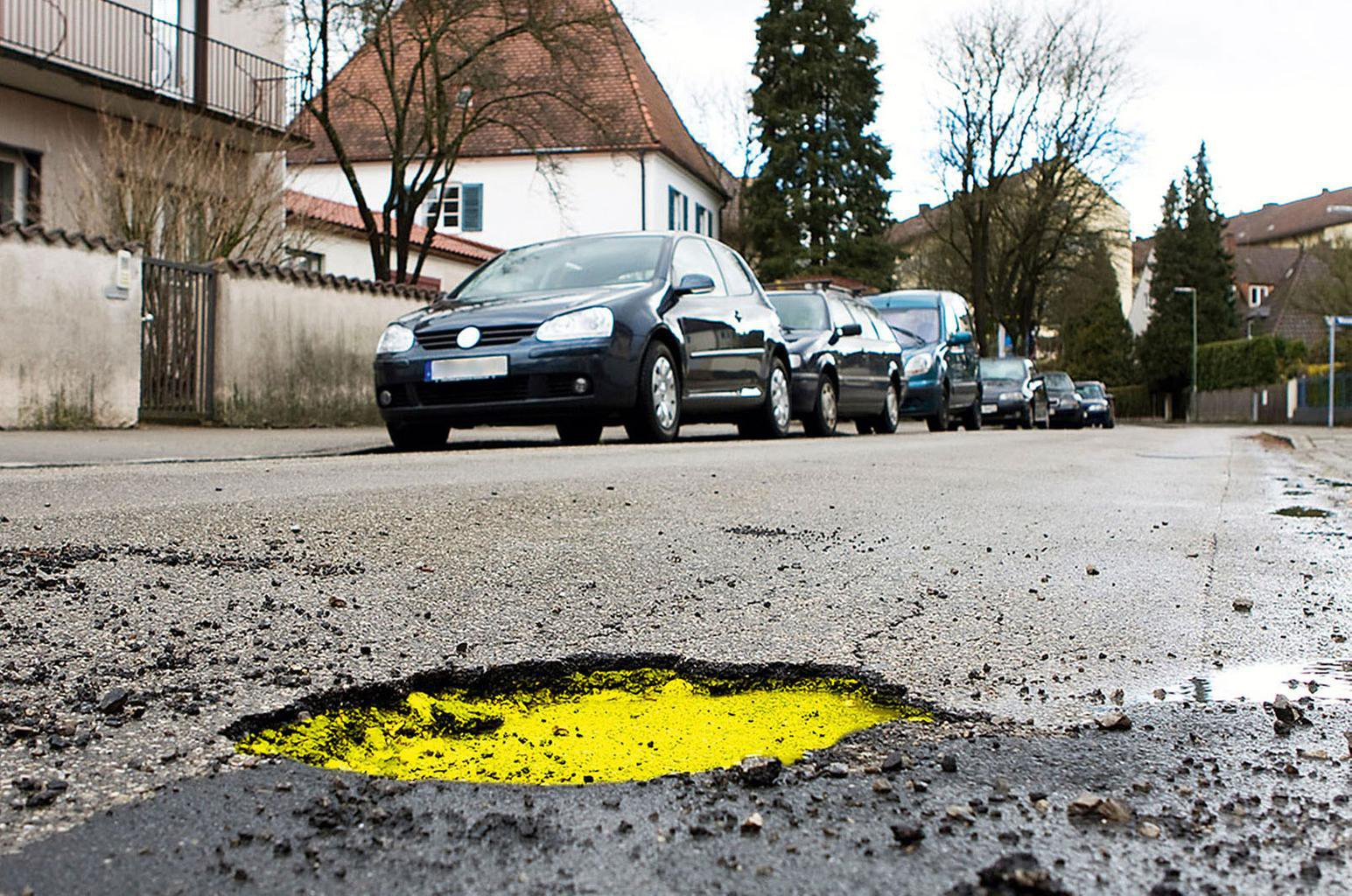Potholes causing more car breakdowns