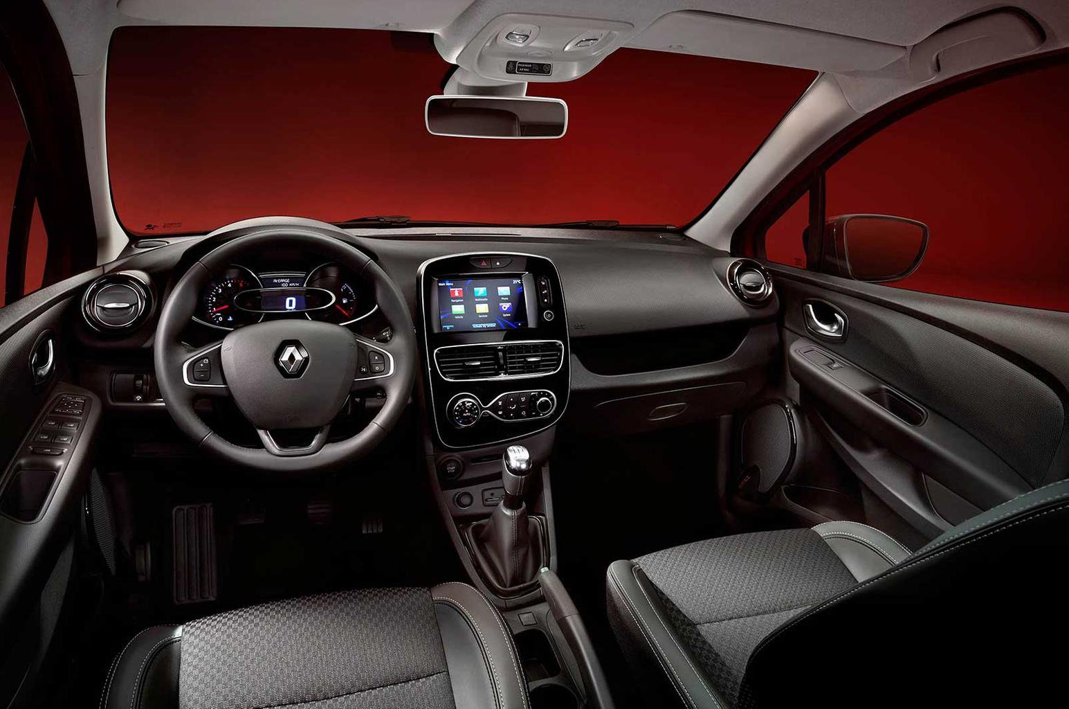 Facelifted Renault Clio revealed