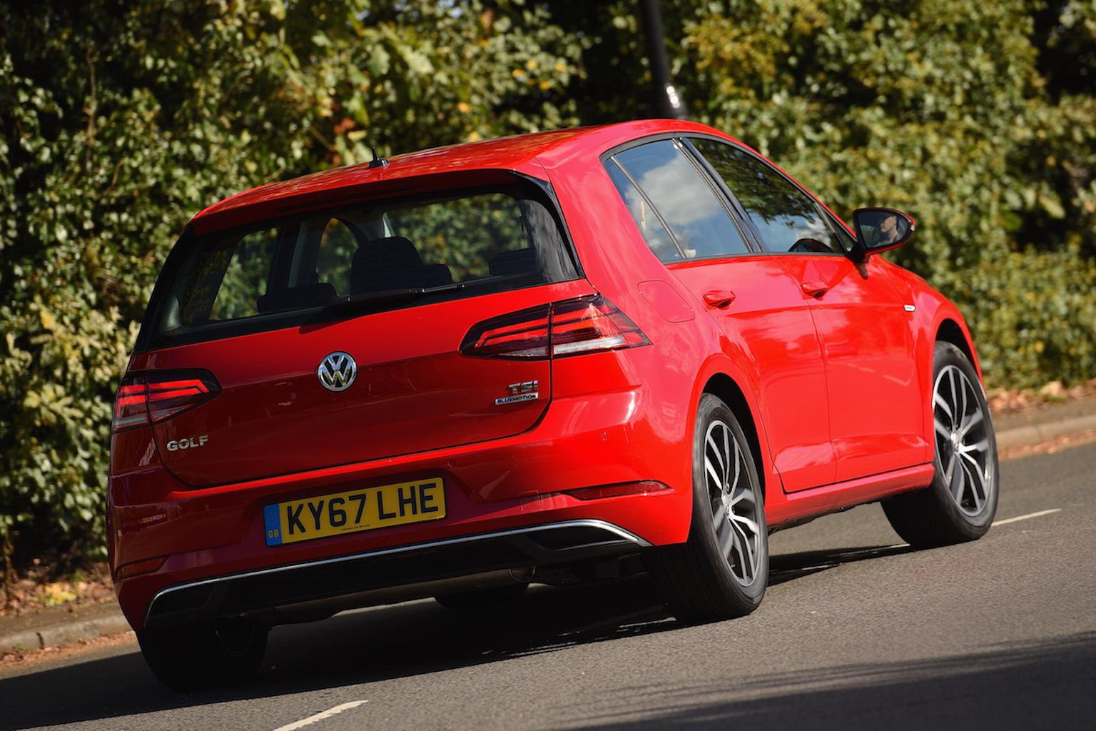 2017 Volkswagen Golf 1.5 TSI Evo review - price, specs and release date